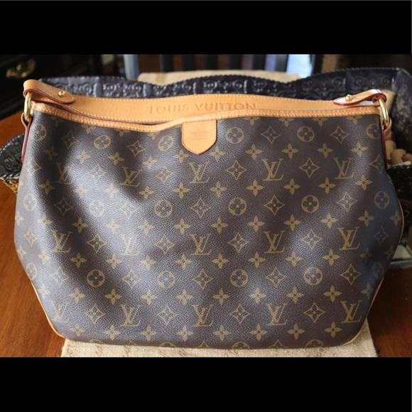 Louis Vuitton Handbags - DISCONTINUED✨Louis Vuitton Delightful PM